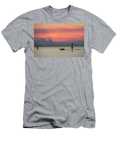 Silhouette's Sailing Into Sunset Men's T-Shirt (Athletic Fit)