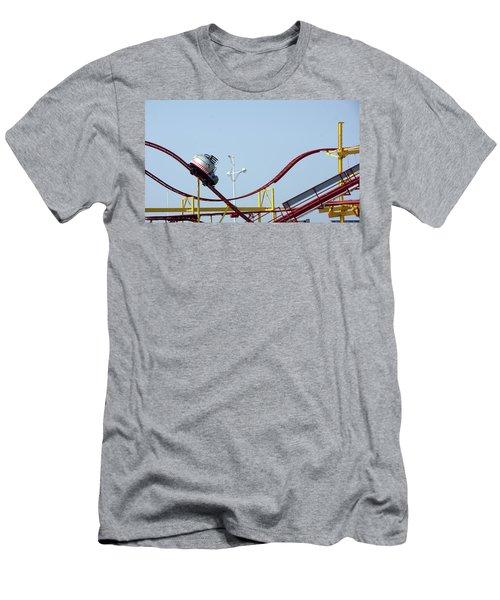 Southport.  The Fairground. Crash Test Ride. Men's T-Shirt (Athletic Fit)