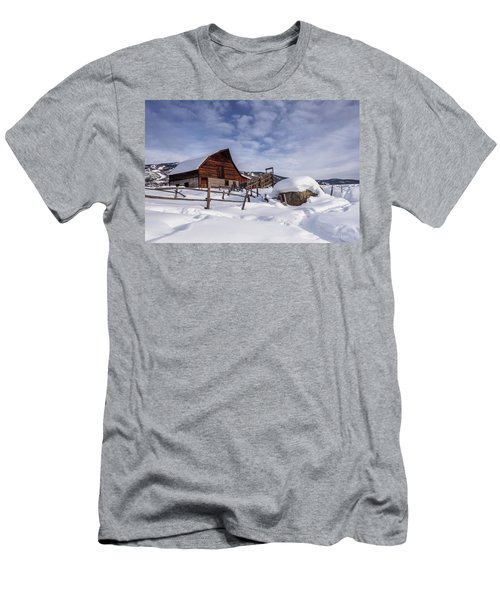 Steamboat Springs Men's T-Shirt (Athletic Fit)