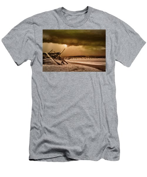 Storm Brewing Men's T-Shirt (Athletic Fit)