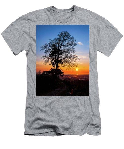Sunset - Monte D'oro Men's T-Shirt (Athletic Fit)