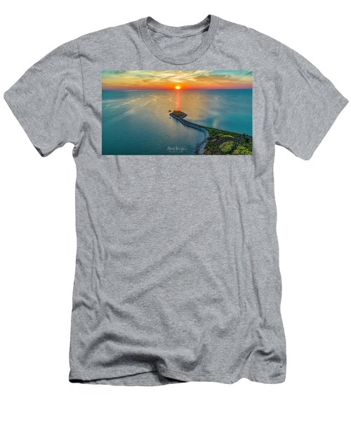 The Last Ray Men's T-Shirt (Athletic Fit)