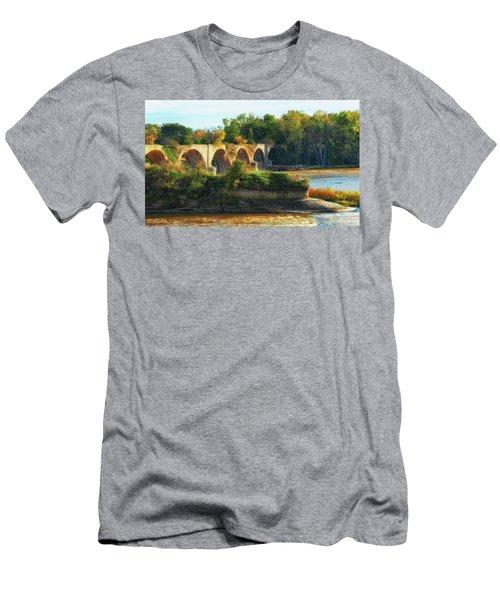 The Old Bridge  Men's T-Shirt (Athletic Fit)