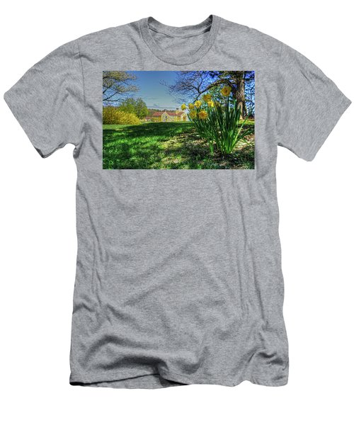 Wentworth Daffodils Men's T-Shirt (Athletic Fit)