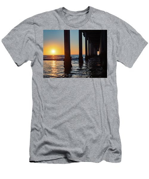 Window Under Scripps Men's T-Shirt (Athletic Fit)