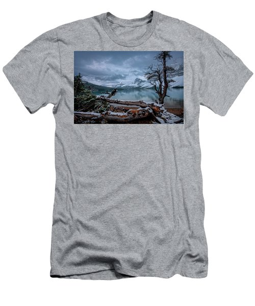 Winter Is Coming Bow Lake Men's T-Shirt (Athletic Fit)
