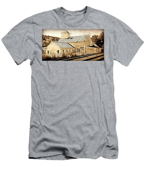 Wood Workers Shop Roxbury Vermont Men's T-Shirt (Athletic Fit)
