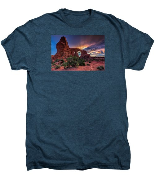 Day's End At Turret Arch Men's Premium T-Shirt