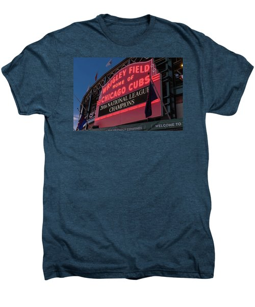 Wrigley Field Marquee Cubs National League Champs 2016 Men's Premium T-Shirt