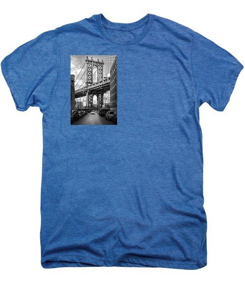 Iconic Manhattan Bw Men's Premium T-Shirt