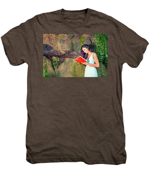 Young American Woman Reading Book At Central Park, New York, In  Men's Premium T-Shirt