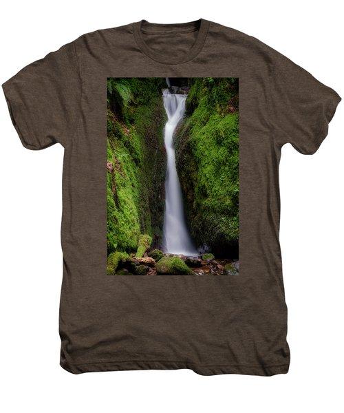 Dollar Glen In Clackmannanshire Men's Premium T-Shirt