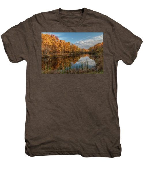 Beyer's Pond In Autumn Men's Premium T-Shirt