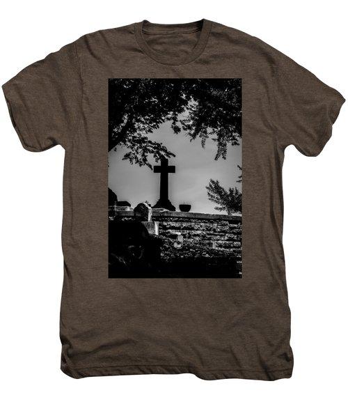Crucis Men's Premium T-Shirt