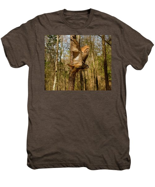 Eurasian Eagle Owl In Flight Men's Premium T-Shirt