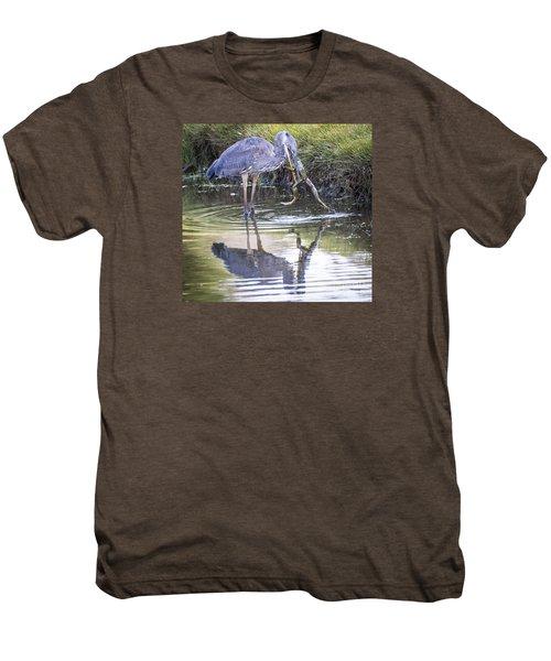 Great Blue Heron Vs Huge Frog Men's Premium T-Shirt