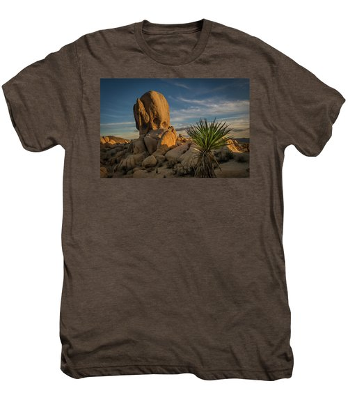 Joshua Tree Rock Formation Men's Premium T-Shirt
