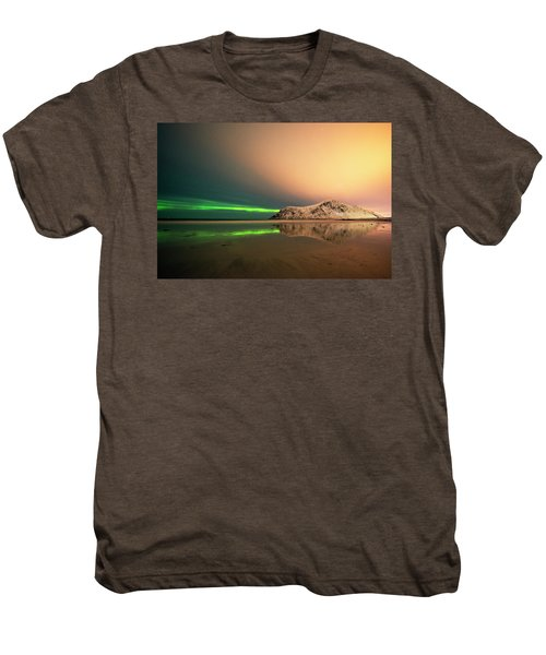 Northern Light In Lofoten Nordland 5 Men's Premium T-Shirt