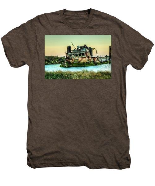 Shipwreck - Mary D. Hume Men's Premium T-Shirt