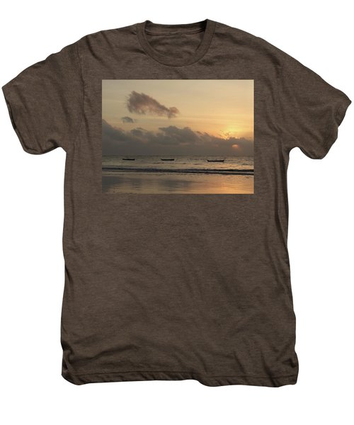 Sunrise On The Beach With Wooden Dhows Men's Premium T-Shirt