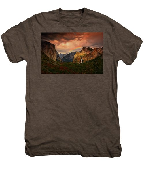 Tunnel View Rainbow Men's Premium T-Shirt