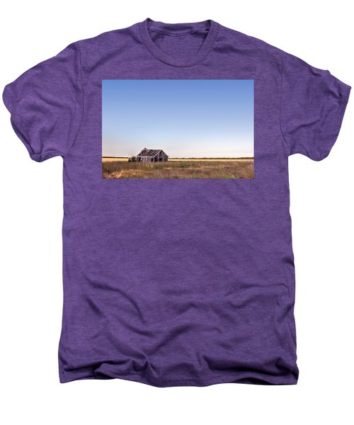 Abandoned Farmhouse In A Field Men's Premium T-Shirt