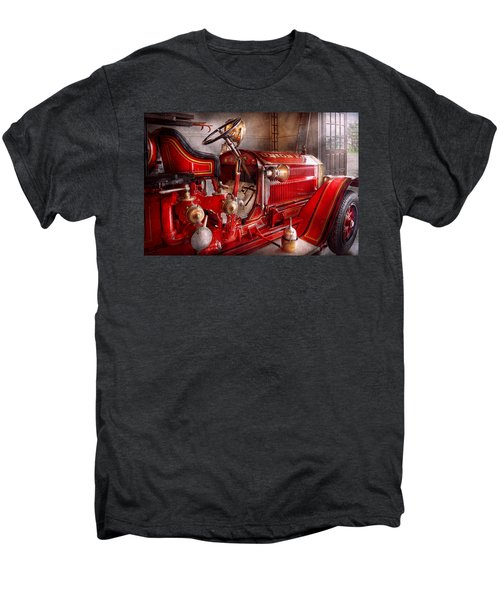 Fireman - Truck - Waiting For A Call Men's Premium T-Shirt