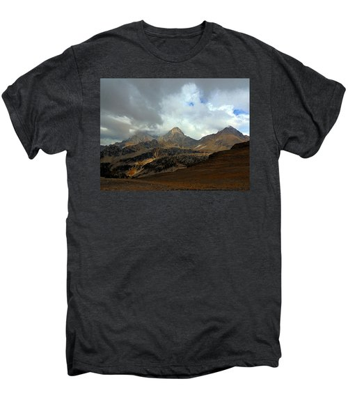 Hurricane Pass Men's Premium T-Shirt