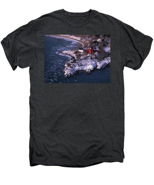 Marquette Harbor Lighthouse Men's Premium T-Shirt