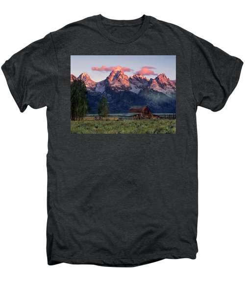 Moulton Barn Men's Premium T-Shirt