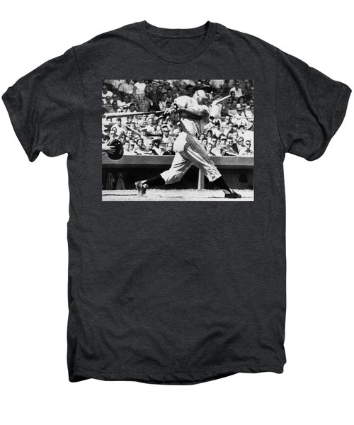 Roger Maris Hits 52nd Home Run Men's Premium T-Shirt