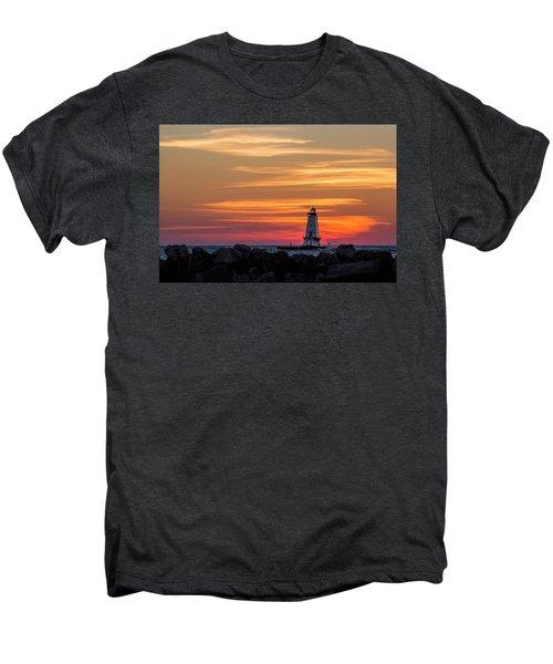 Beautiful Ludington Lighthouse Sunset Men's Premium T-Shirt