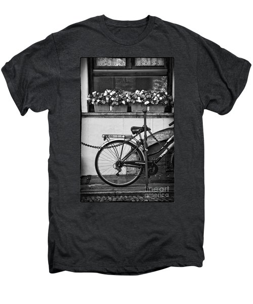 Bicycle With Flowers Men's Premium T-Shirt