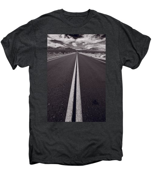 Desert Road Trip B W Men's Premium T-Shirt