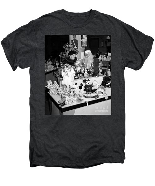 First Lady Eleanor Roosevelt And Santa Men's Premium T-Shirt by Science Source