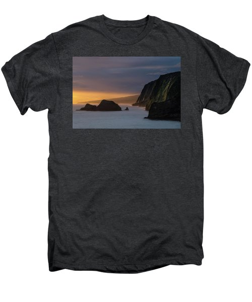 Hawaii Sunrise At The Pololu Valley Lookout Men's Premium T-Shirt