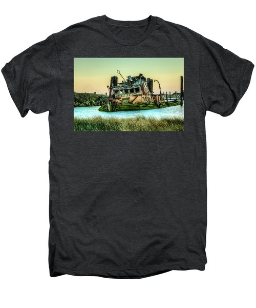 Shipwreck - Mary D. Hume Men's Premium T-Shirt