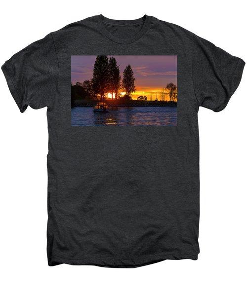 Sunset At Sunset Beach In Vancouver Bc Men's Premium T-Shirt