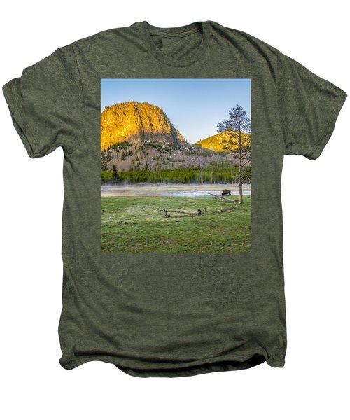 Lone Buffalo Yellowstone National Park Men's Premium T-Shirt