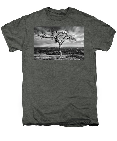 Tree On Enchanted Rock In Black And White Men's Premium T-Shirt