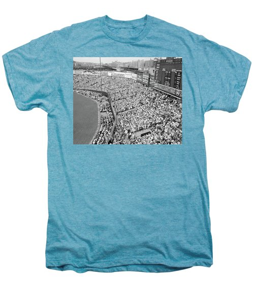 1940s 1950s Large Crowd Yankee Stadium Men's Premium T-Shirt