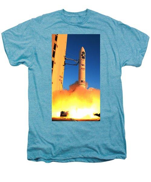 Minotaur Iv Rocket Launches Falconsat-5 Men's Premium T-Shirt by Science Source