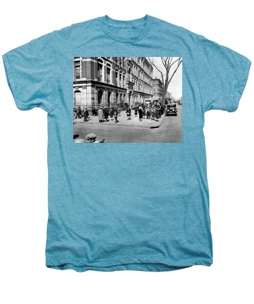 School's Out In Harlem Men's Premium T-Shirt by Underwood Archives