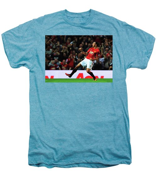 Manchester United's Zlatan Ibrahimovic Celebrates Men's Premium T-Shirt