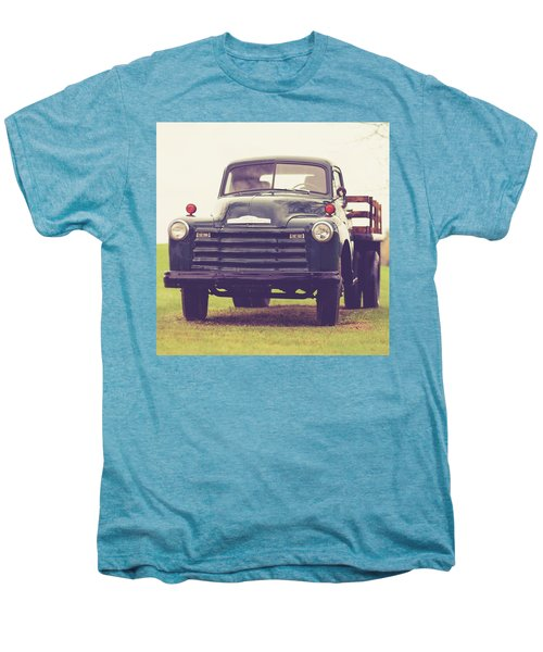 Old Chevy Farm Truck In Vermont Square Men's Premium T-Shirt