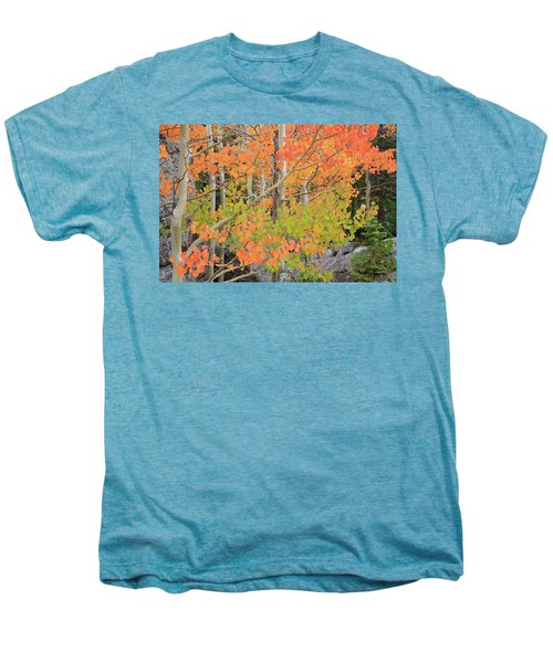 Men's Premium T-Shirt featuring the photograph Aspen Stoplight by David Chandler