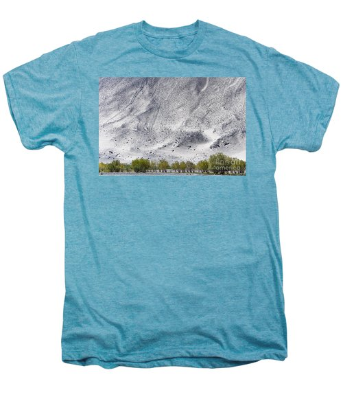 Backdrop Of Sand, Chumathang, 2006 Men's Premium T-Shirt