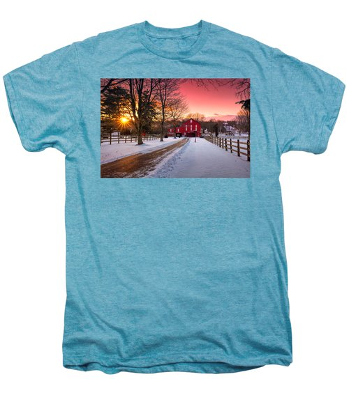 Barn At Sunset  Men's Premium T-Shirt
