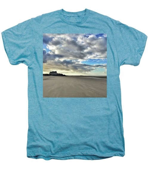 Brancaster Beach This Afternoon 9 Feb Men's Premium T-Shirt