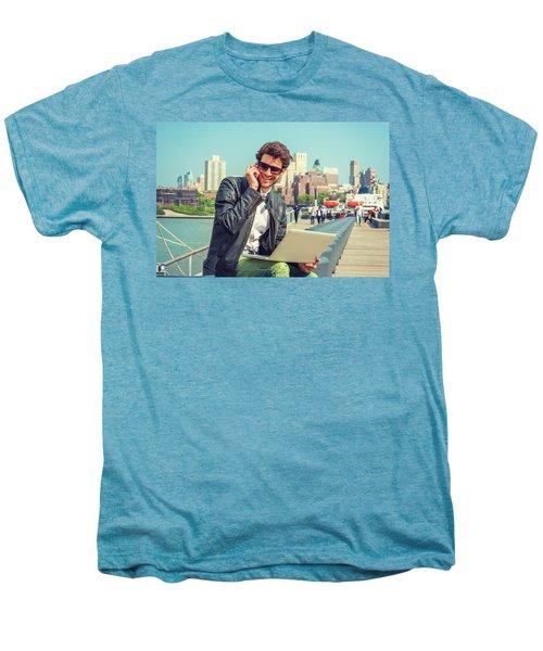 Businessman Enjoying Working Outside Men's Premium T-Shirt
